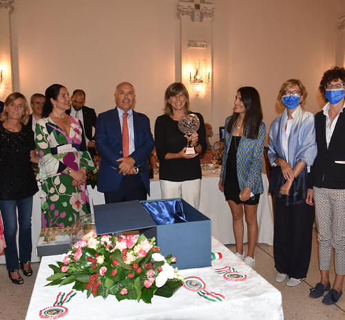 Foto - Premio al CT nazionale femminile Milena Bertolini e presentazione Coppa Quarenghi 2021